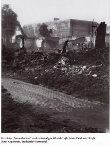 zerstörter Sonnenbunker an der ehemaligen Winkelstraße, heute Zwickauer Str.